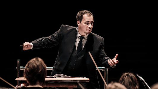 Vladimir Lande conducts Verdi's Requiem — With Anastasia Moskvina, Julia Gertseva, Stephen Costello, Evgeny Stavinsky