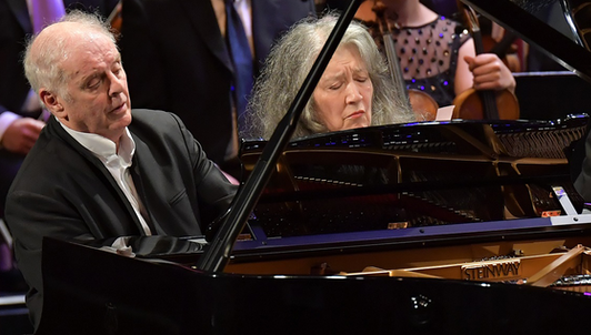 Daniel Barenboim conducts Widmann, Liszt, Schubert, and Wagner at the BBC Proms – With Martha Argerich