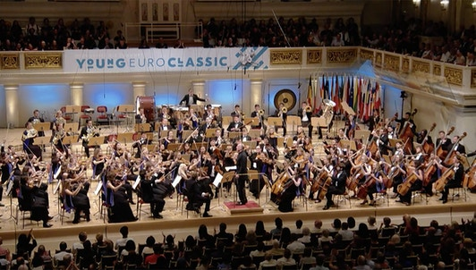 Gianandrea Noseda conducts Tchaikovsky and Berlioz — With the European Union Youth Orchestra