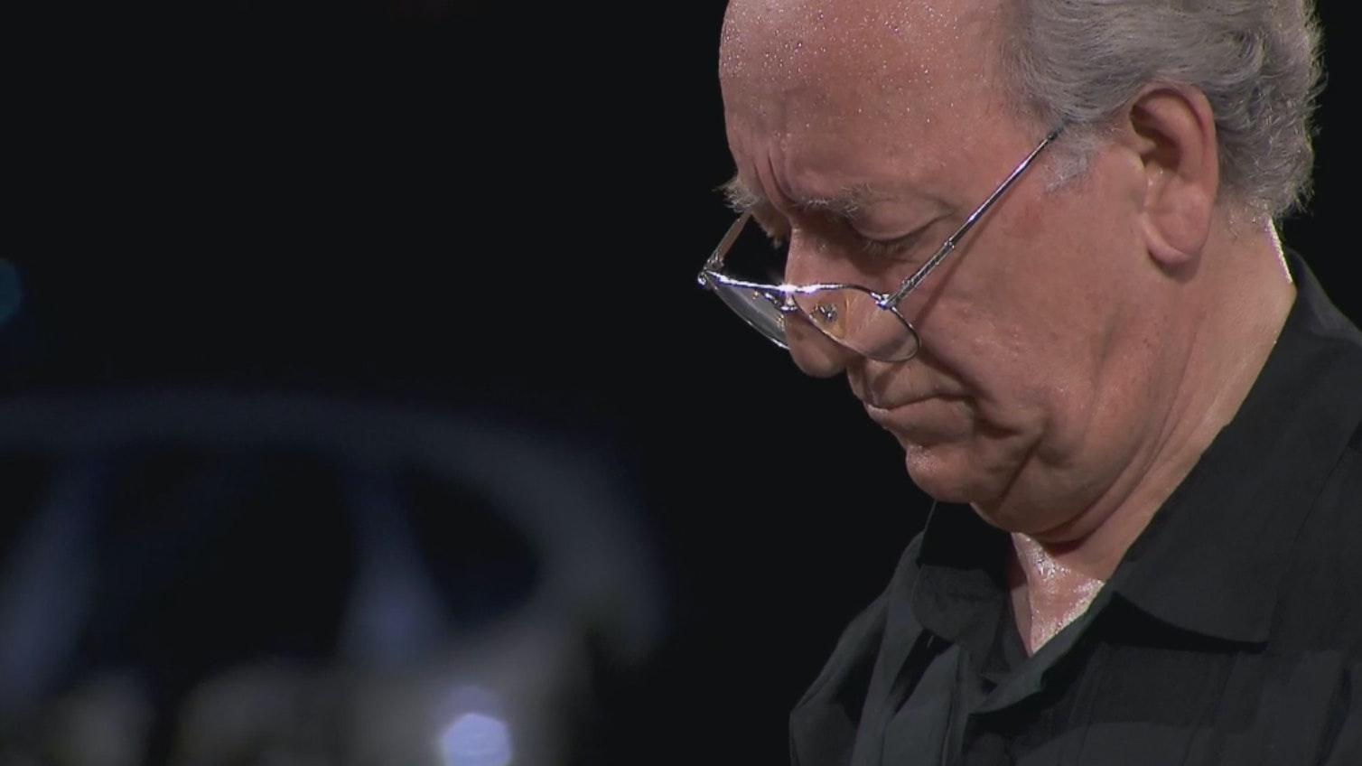 Yuri Temirkanov conducts Mussorgsky and Elgar