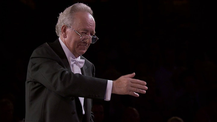 Yuri Temirkanov conducts Rimsky-Korsakov's Scheherazade
