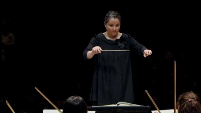 Zahia Ziouani Symphonies for the suburbs